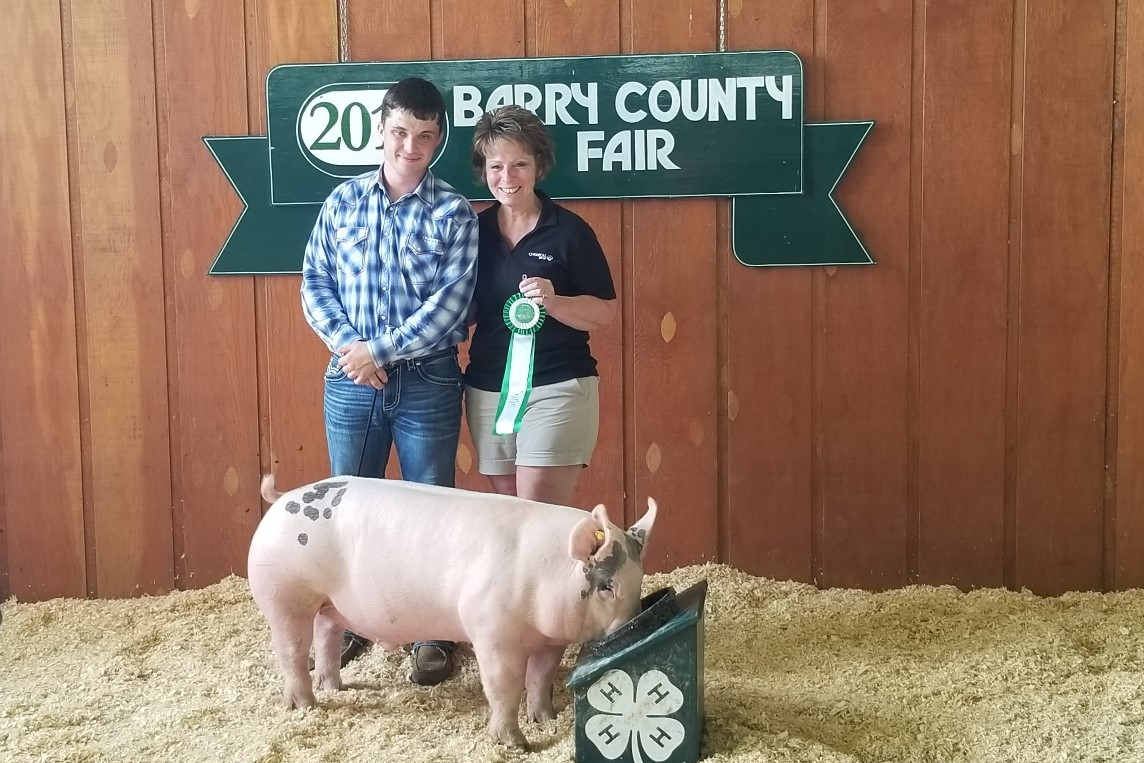 2019 Barry County Fair, Reserve Champion Light Weight Barrow, Sired by Keg Stand