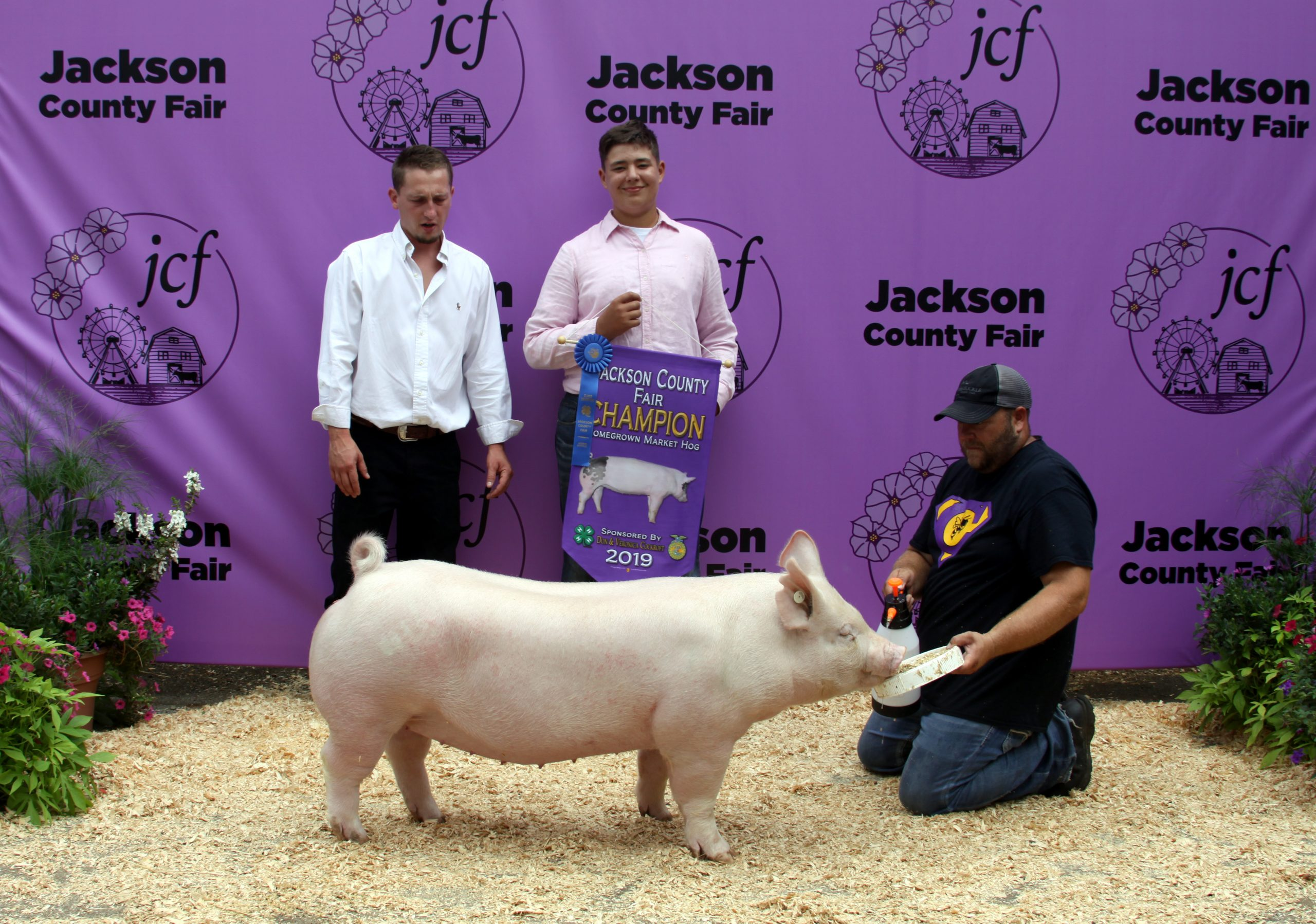 Jackson County Fair, Champion Homegrown, Sired by Hand It Over