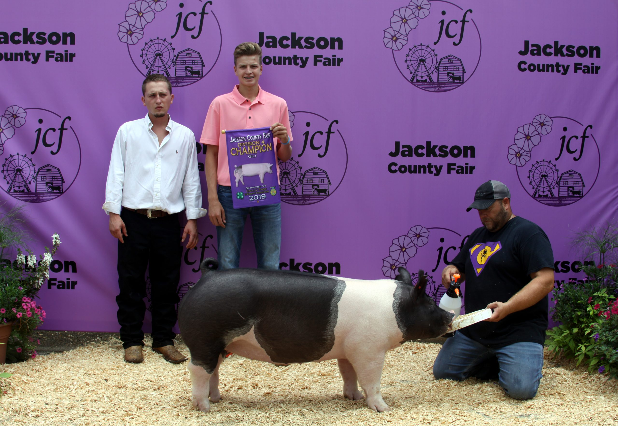 Jackson County Fair, Division 4 Champion Gilt, Sired by Smooth Criminal